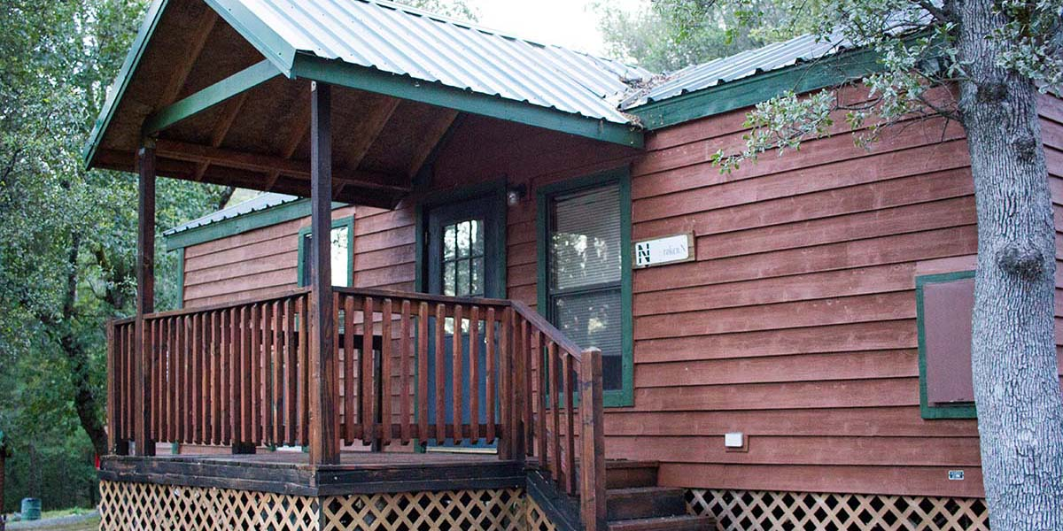 Deluxe Retreat Cabin