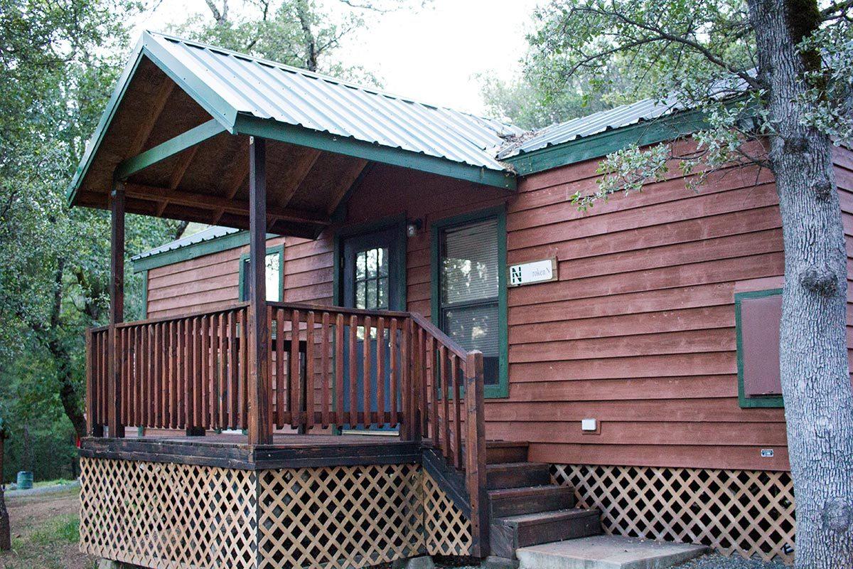 Cabin Deluxe Retreat